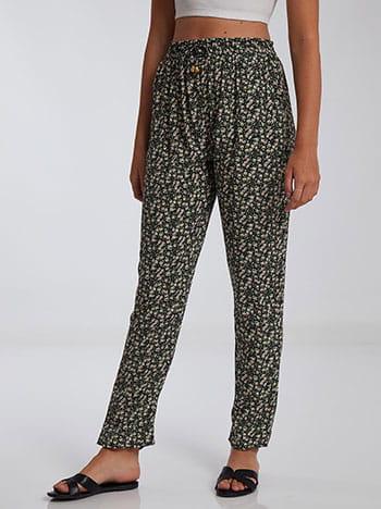 Εμπριμέ παντελόνι, ελαστική μέση, διακοσμητικό κορδόνι, με τσέπες, μαυρο λευκο