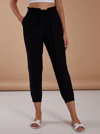 Ψηλόμεσο παντελόνι, ελαστική μέση, διακοσμητικό κορδόνι, με τσέπες, μαυρο
