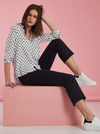 Πουά πουκάμισο, κλείσιμο με κουμπιά, γυριστό μανίκι με κουμπί, ασπρο-μαυρο