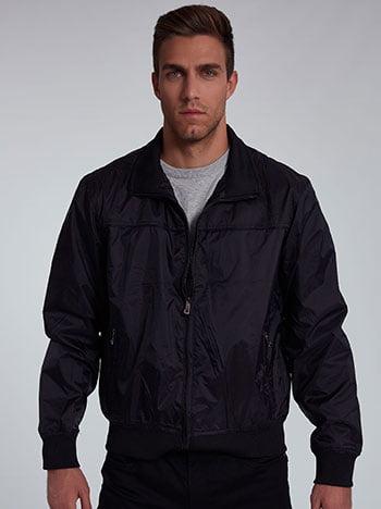 Αντιανεμικό ανδρικό μπουφάν, με τσέπες, κλείσιμο με φερμουάρ, μαυρο