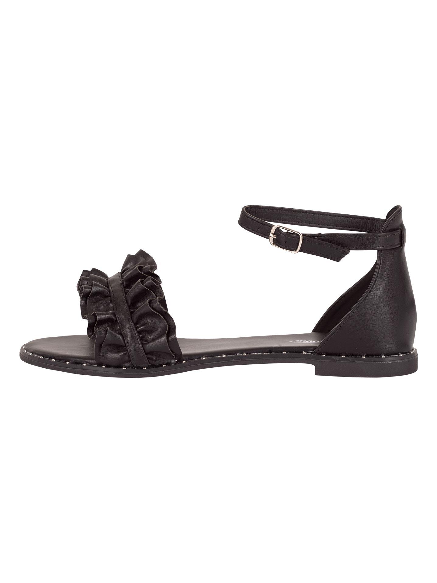 ed66062794a Flat σανδάλια με βολάν σε μαυρο, 10,95€ | Celestino