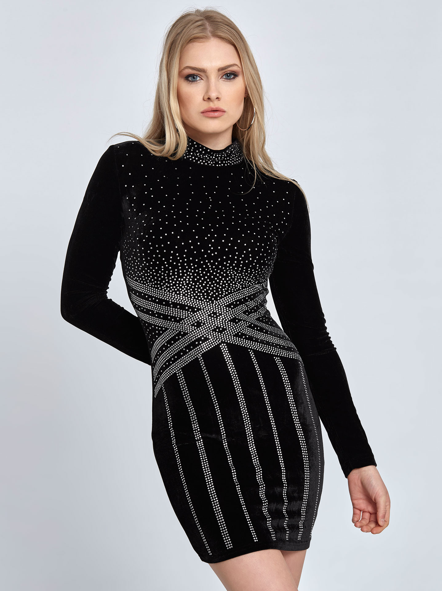 Mini βελούδινο φόρεμα με strass σε μαυρο 22cea7767d0