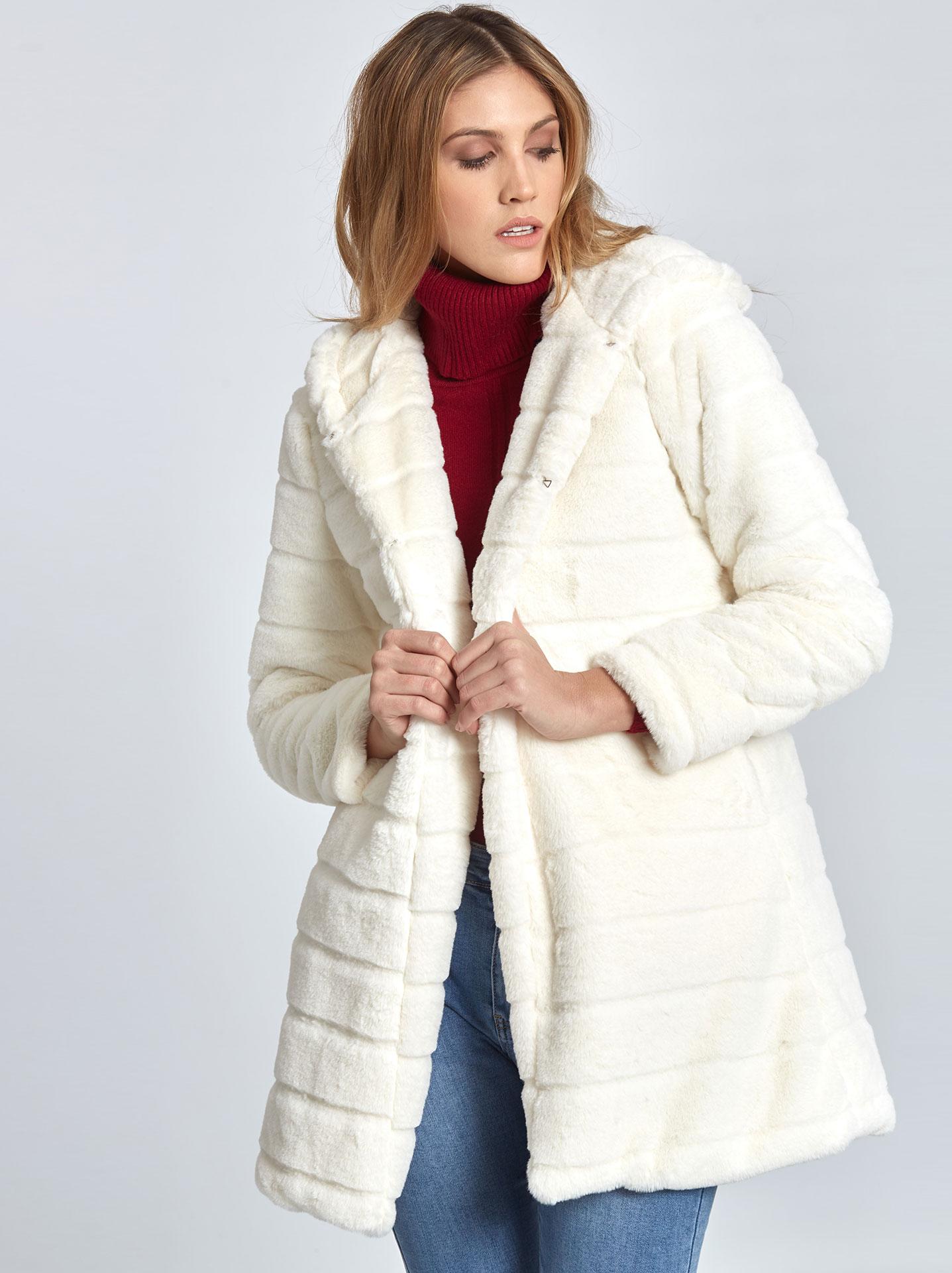 Παλτό από οικολογική-συνθετική γούνα σε λευκο 399f023e69e