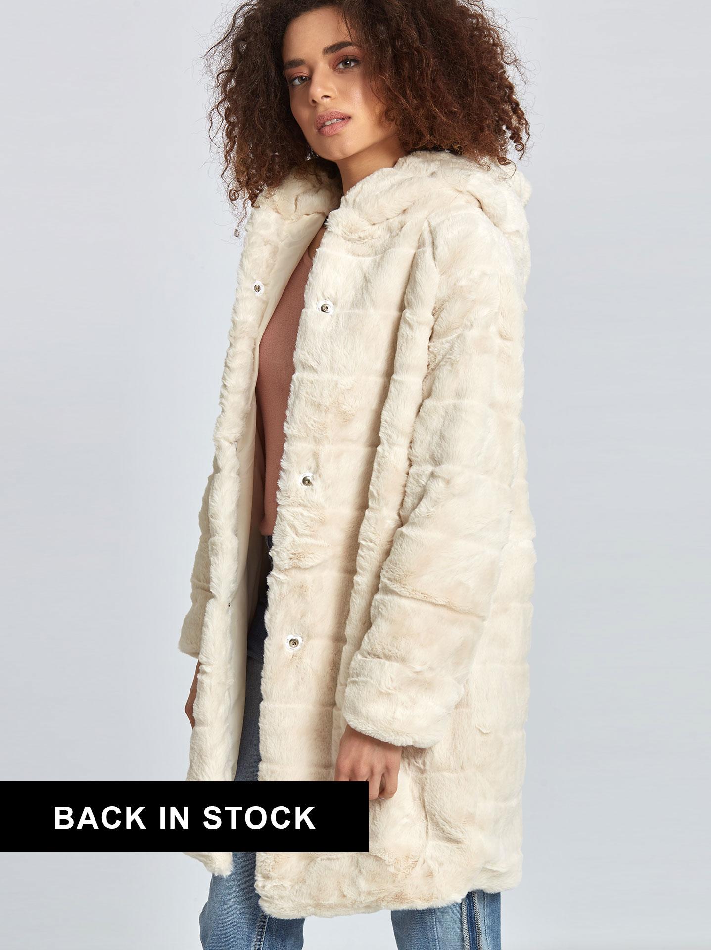 Παλτό από συνθετική-οικολογική γούνα σε εκρου 763eaaefd55
