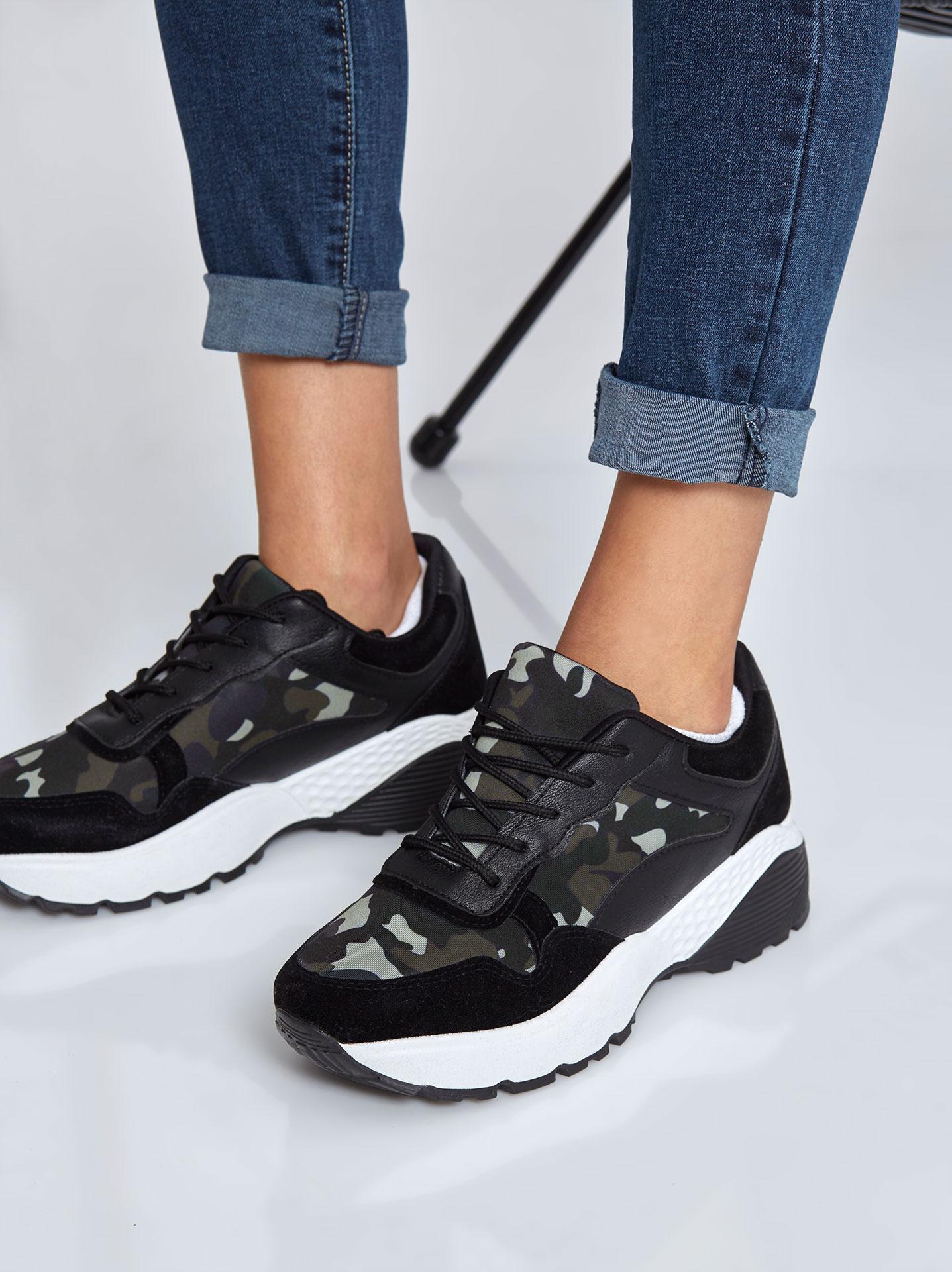 Αθλητικά παπούτσια παραλλαγής σε μαυρο 095d8fee54c