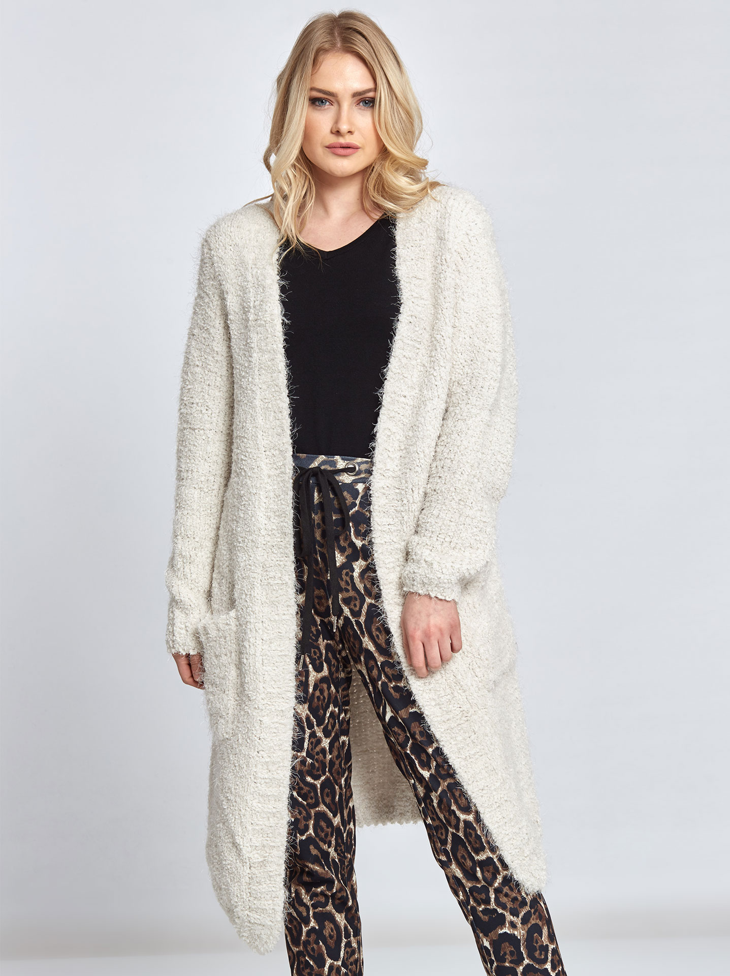 61241713d0f2 Long knitted cardigan off white