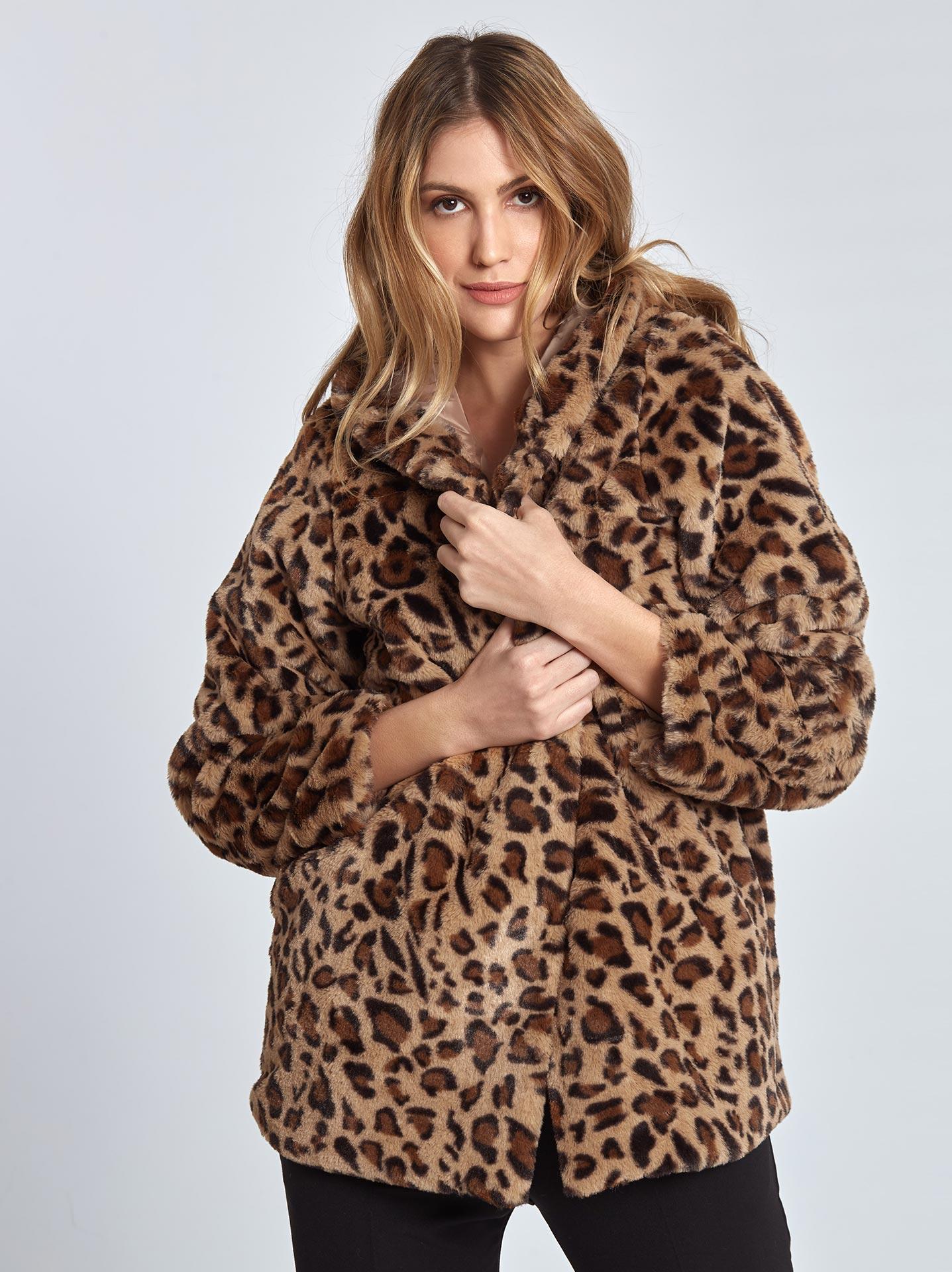 Λεοπάρ παλτό από οικολογική-συνθετική γούνα σε λεοπαρ c453c37fffc