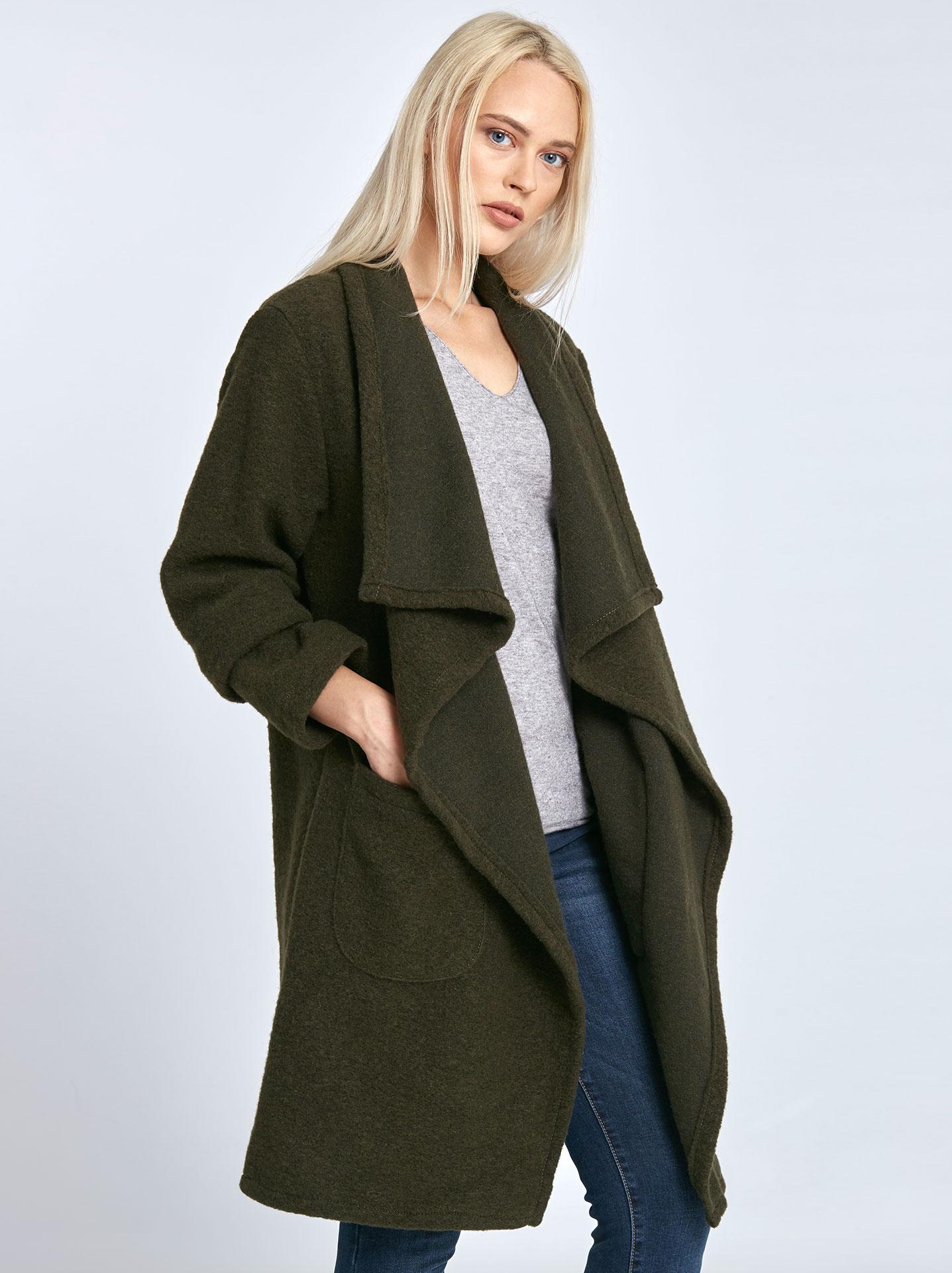 38c66526022f Μπουκλέ παλτό με τσέπες σε χακι