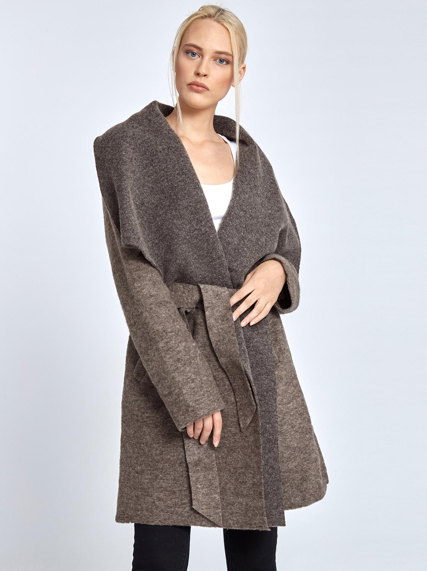Μπουκλέ παλτό με ζώνη σε καφε ανοιχτο f21e3d6baa5