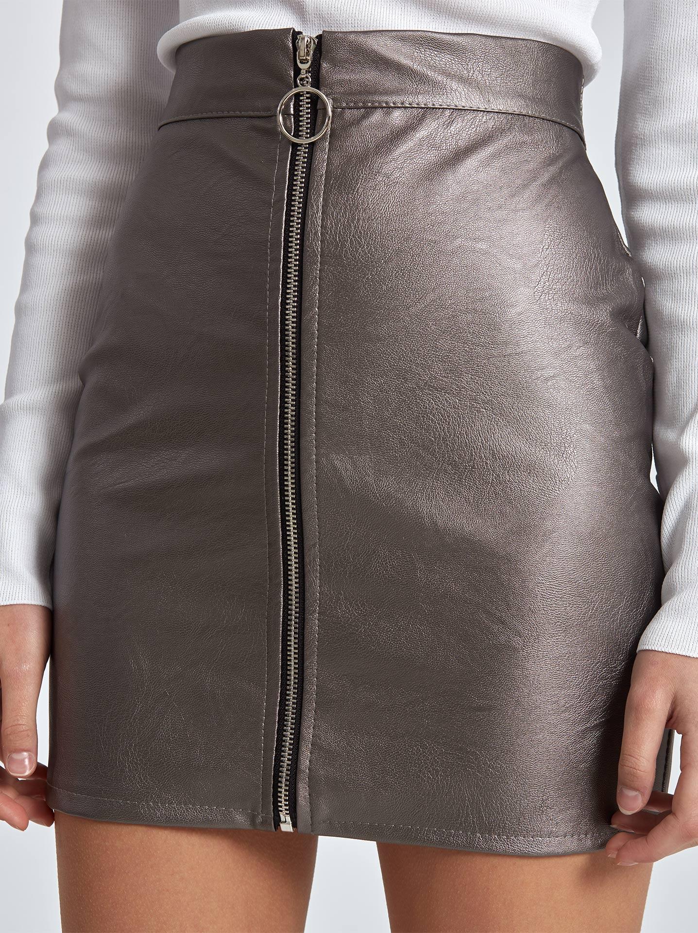 b4abcaf49af Mini φούστα δερματίνη σε μπρονζε, 8,70€ | Celestino