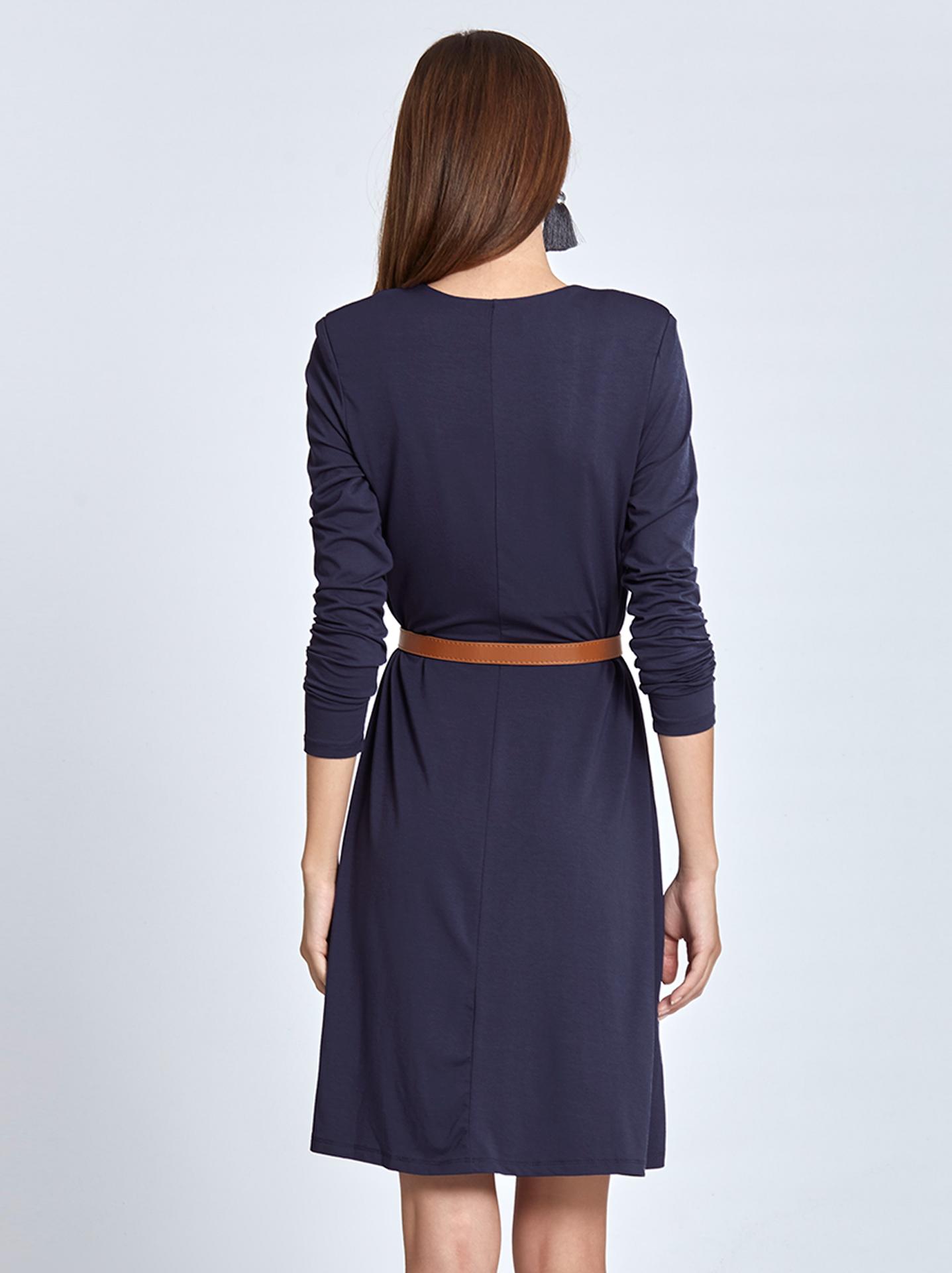 6c57303cd9dd Midi φόρεμα με βάτες σε μπλε ραφ