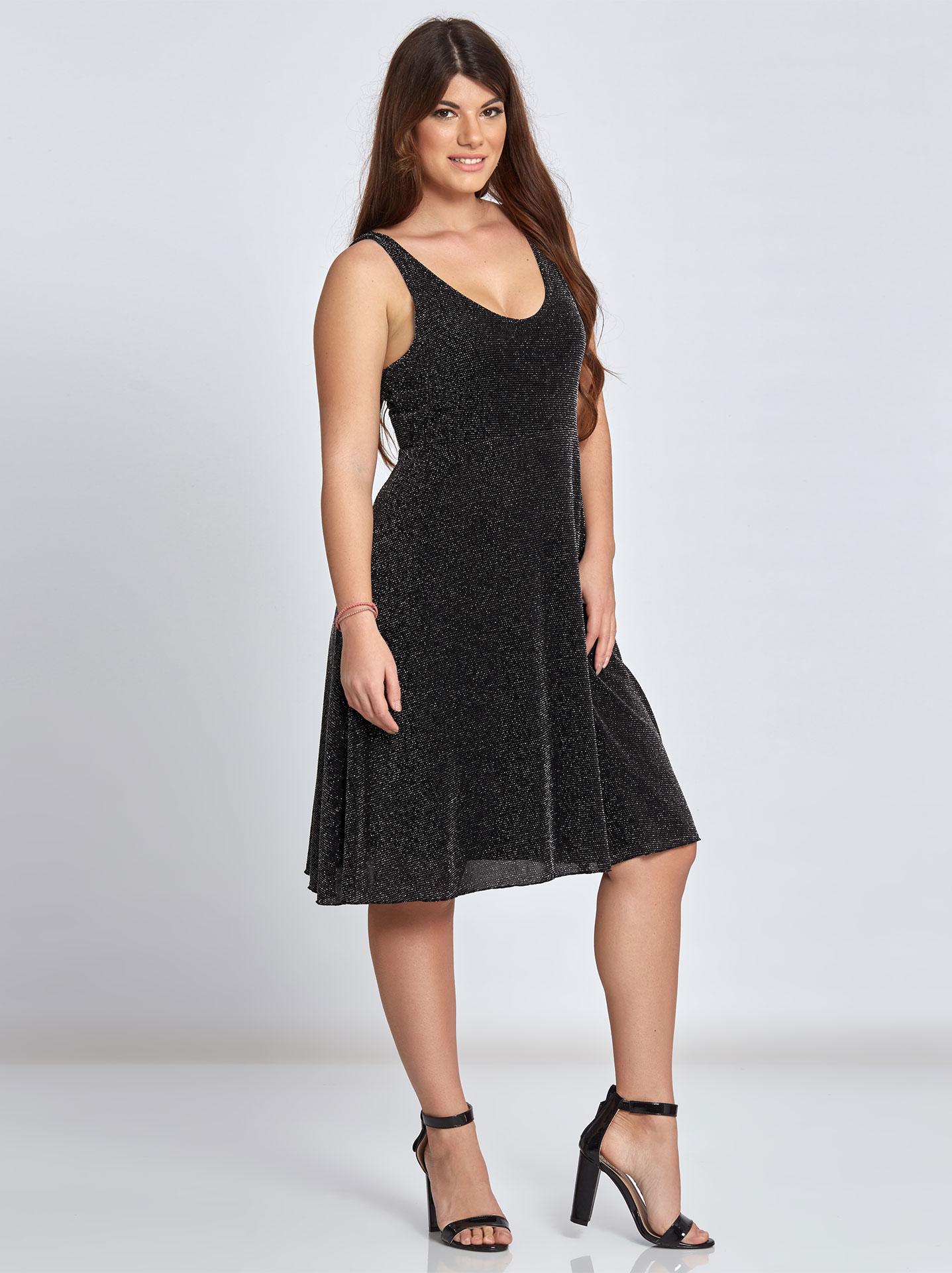 Μεταλλιζέ αμάνικο midi φόρεμα curvy σε ασημι 9affa02d0fa