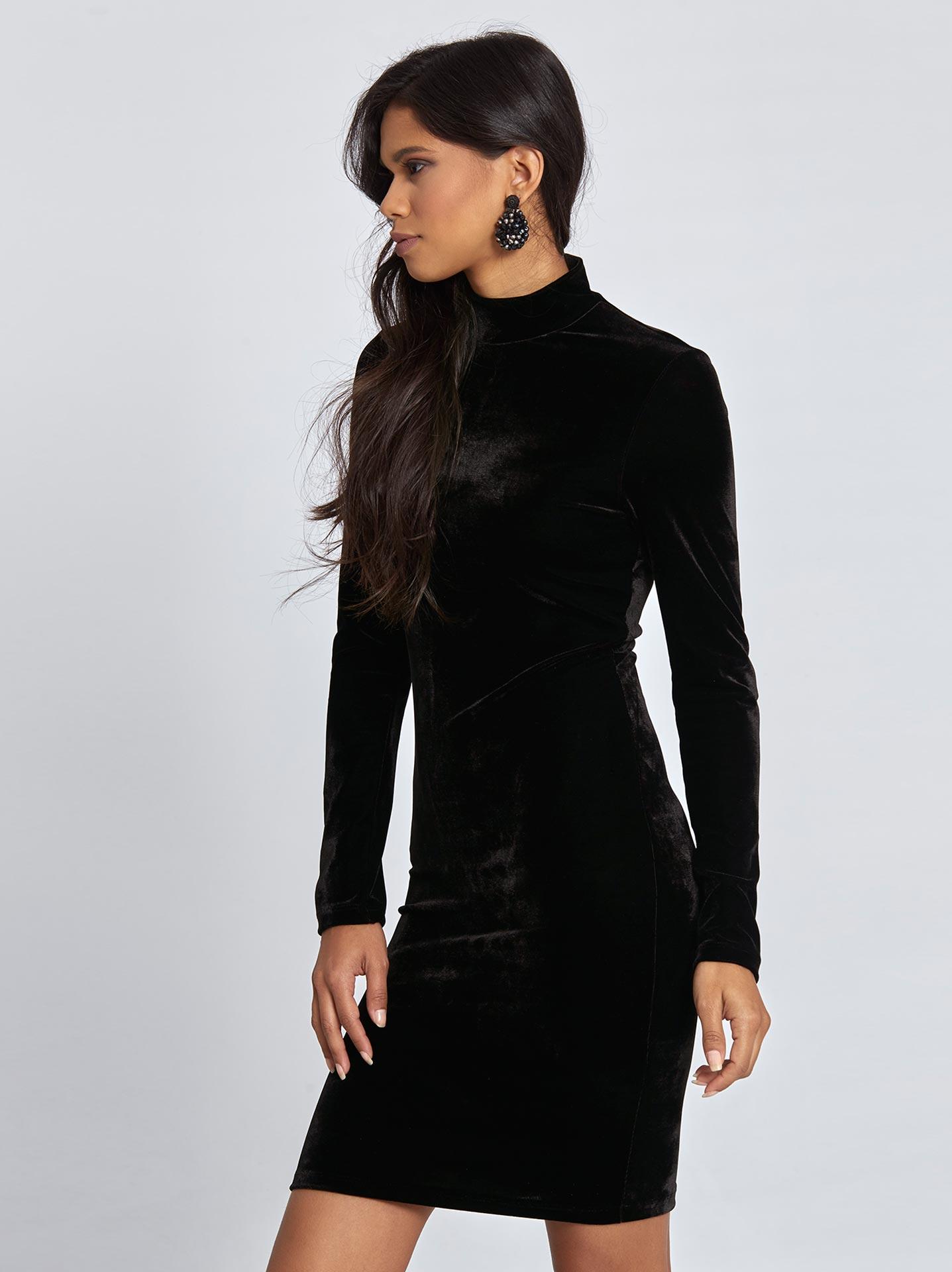 Βελούδινο mini φόρεμα σε μαυρο 7f30ac68dfd